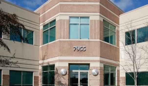 NNN Darien Business Center