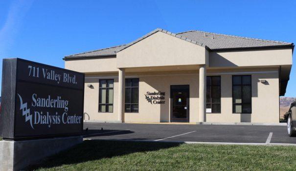sanderling dialysis center 1031 dst